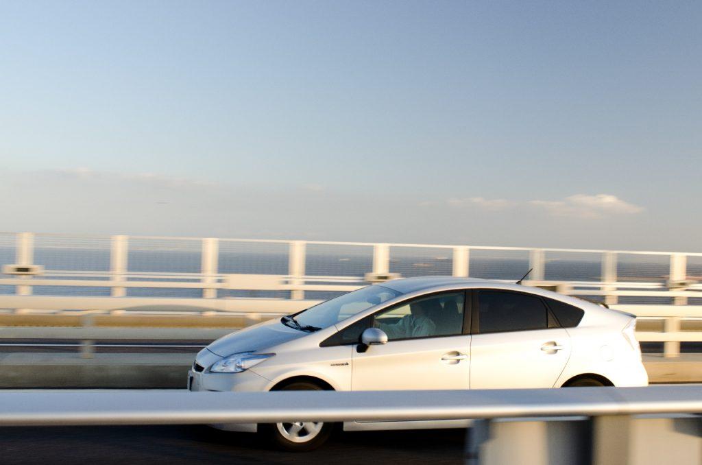 中古自動車を購入した場合の手続きはどうする?手続きの概要をご紹介します